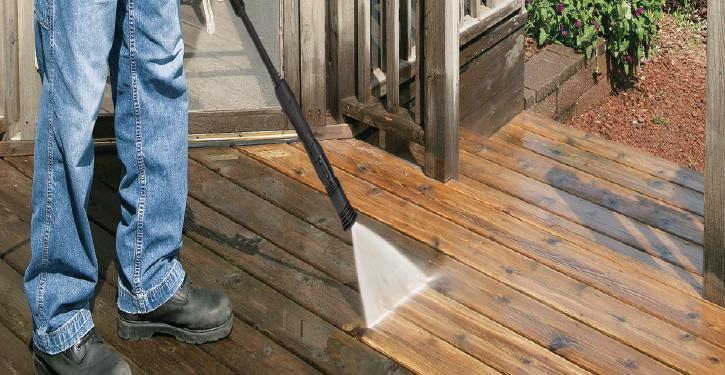 hyr en högtryckstvätt för trall och veranda